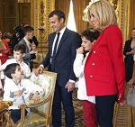 Macron accueil des jeunes autistes à l'Elysée pour lancer le 4e plan autisme