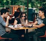 Les Millennials sur le marché de l'emploi : Comment les attirer et les fidéliser ?